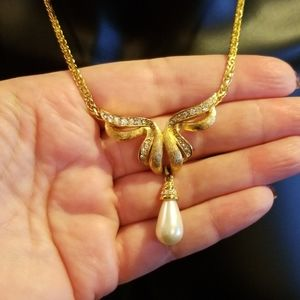 Beautiful Vintage 1950's Vendome Necklace